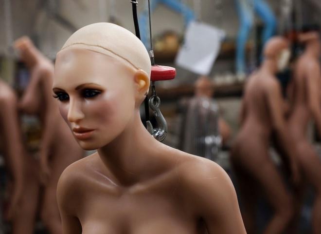 """В Америке создали """"фригидного"""" секс-робота для симуляции изнасилования"""