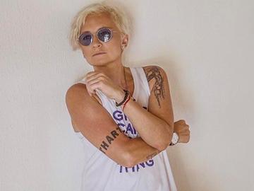 """О2: Диана Арбенина выпустила новый альбом группы """"Ночные снайперы"""""""