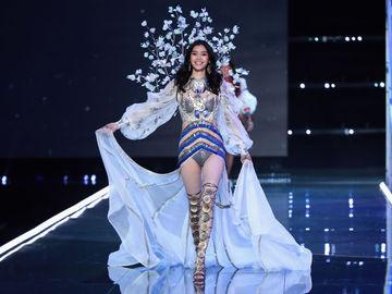 Victoria's Secret 2017 Ming Xi