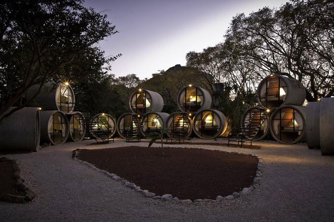 10 найбільш незвичайних готелів світу