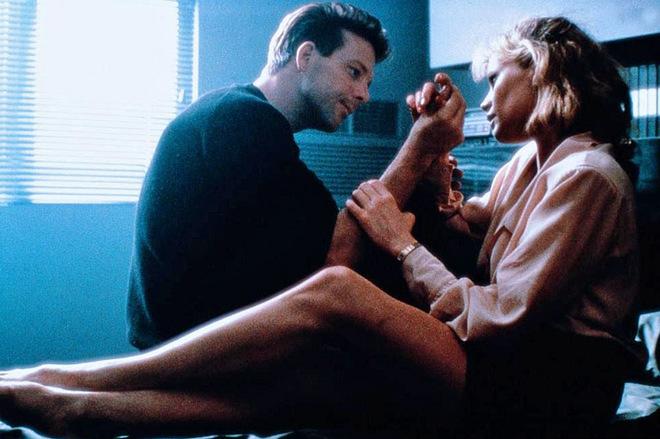 Фільми з елементами еротики