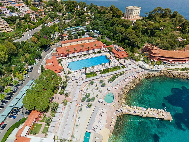 Де зустріти принца: принц Монако П'єр Казірагі, Monte-Carlo Beach Hotel club