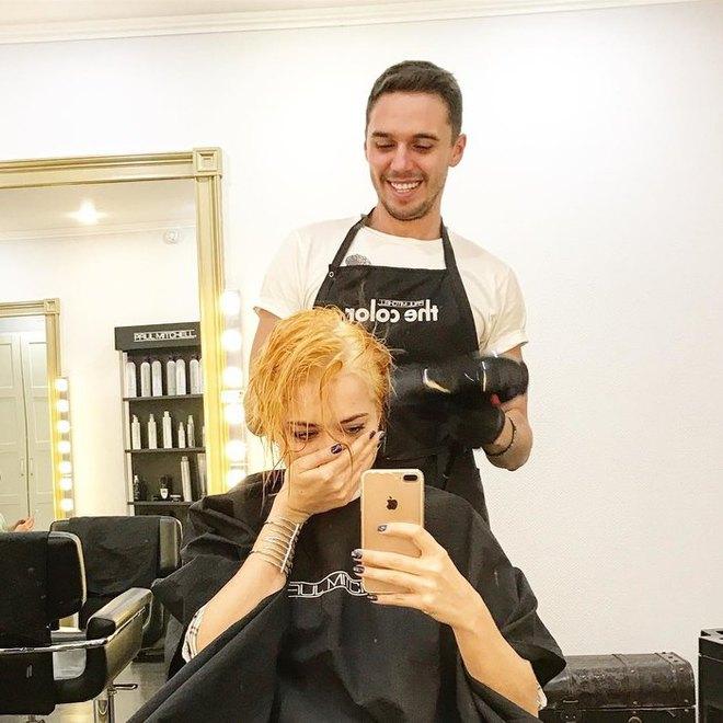 Настасья Самбурская - блондинка