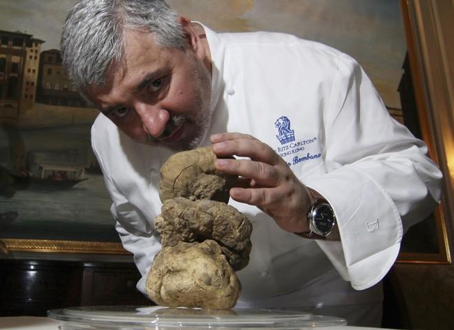 Гігантський трюфель продано за рекордну ціну €400