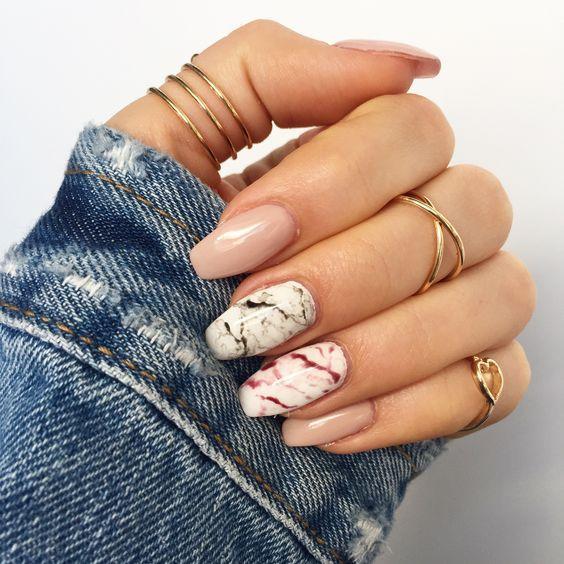 Манікюр на довгі нігті