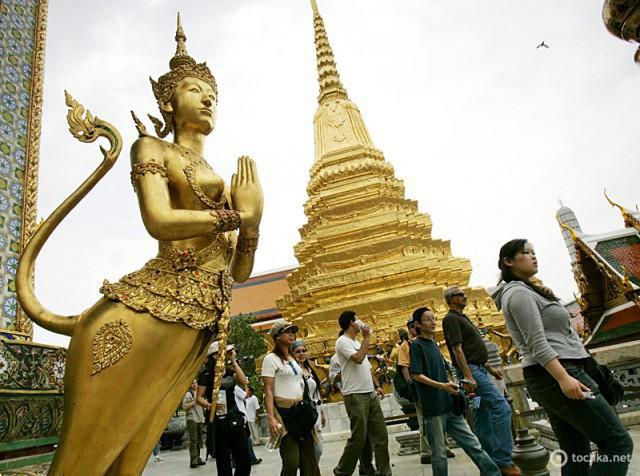 Достопримечательности Бангкока: большой дворец и Храм Изумрудного Будды