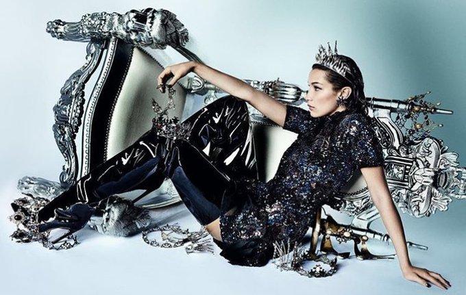 Белла Хадид в фотосессии для Vogue China
