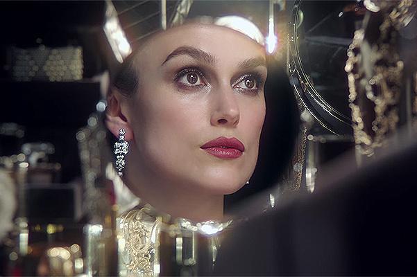 Уроки макіяжу від Кіри Найтлі в проекті Chanel Beauty Talks