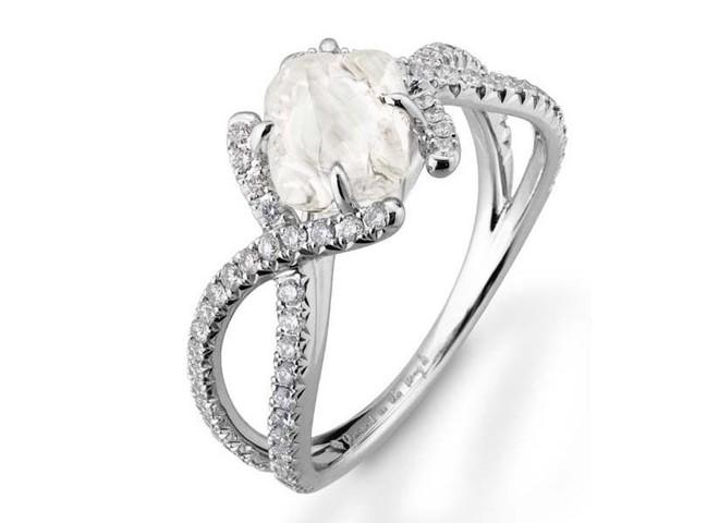 Необработанные бриллианты входят в моду