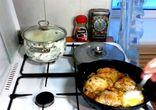 Как приготовить вкусно куриные бедра в сметане.
