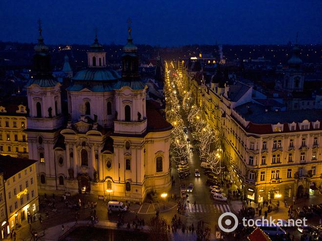 Рождественские распродажи 2013-2014 в Праге. Улица Parizska.