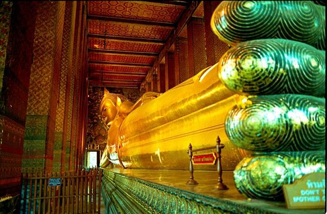 Цікаві місця Бангкока: Храм Лежачого Будди