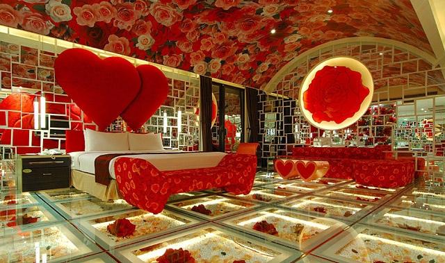 Секс-туризм: еротичний готель на Тайвані
