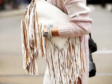 Як носити речі з бахромою: 4 стильних образи Олівії Палермо