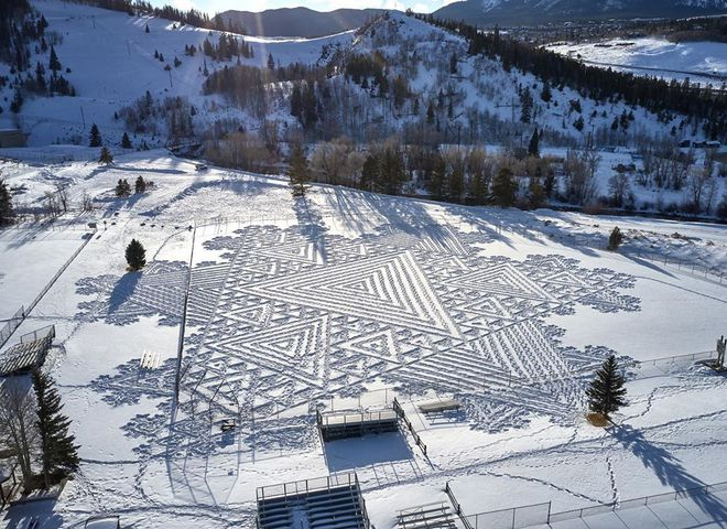 малюнки на снігу