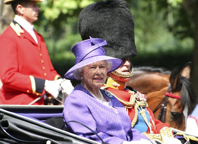 Королева Елизаветта II (COVER)