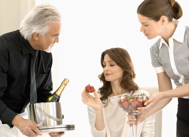 Без шампанського Новий рік просто не прийде!