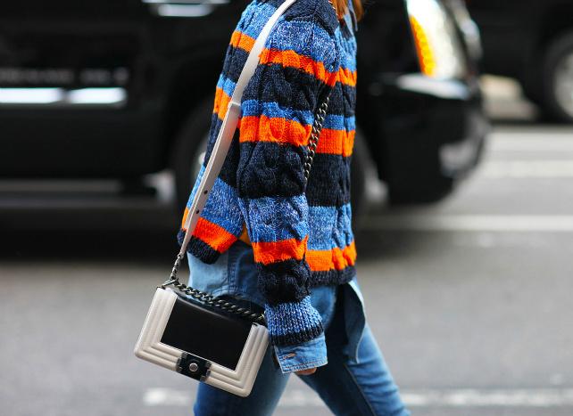 Модные свитера 2016: street style