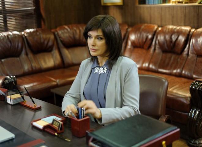 Ольга Сумская перекрасилась в брюнетку