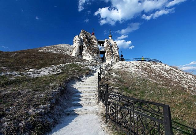 Монастыри в Воронежской области: Свято-Спасский монастырь