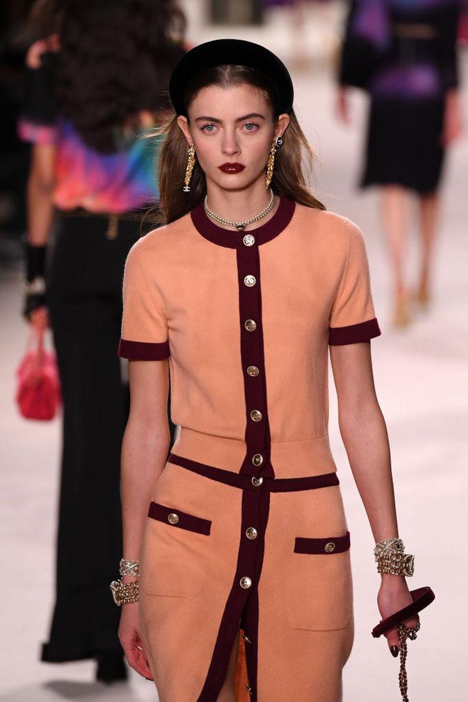Обруч: модный аксессуар 2020