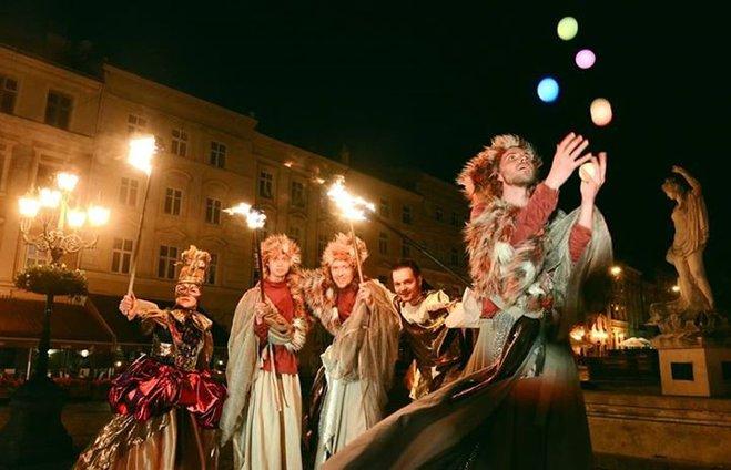 Куди поїхати в грудні: події у світі та Україні, які варто відвідати