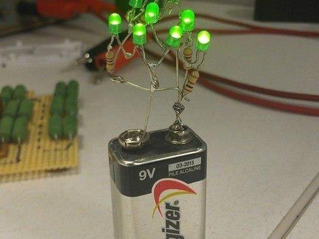 прикольные картинки з батарейками такая резьба