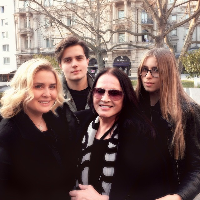 Софія Ротару зі своєю родиною
