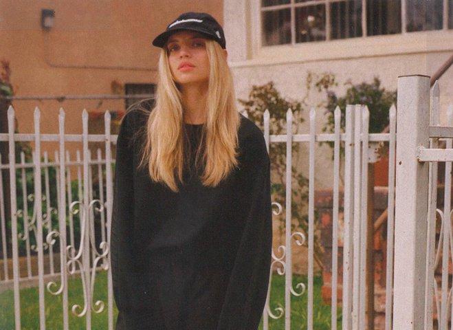 Анна Богдан в рекламной кампании Канье Уэста