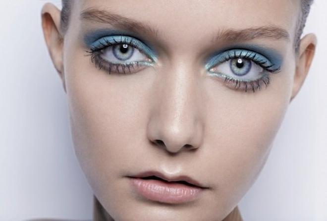 Як наносити макіяж в кольорах Pantone 2016: поради від візажистів Chanel, Dior і L'Oréal