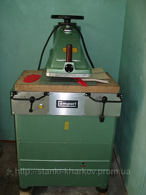 Продам пресс вырубочный обувный гидравлический Компарт 86 (Compart 86).  Усилие вырубки 18 т. Управление при помощи...