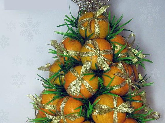 Елки с мандаринами своими руками