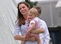 Кейт Миддлтон с ребенком