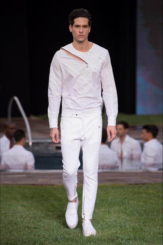 Dirk Bikkembergs представили нову колекцію Sport Couture