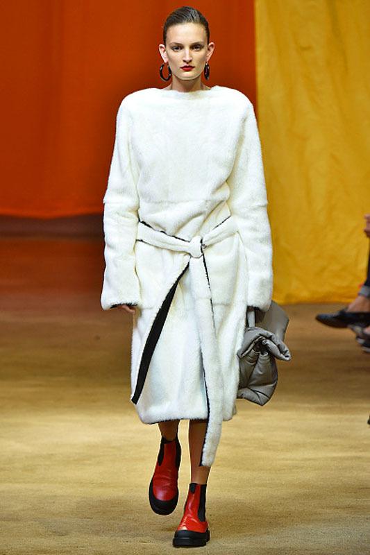 7 кращих колекцій Паризького тижня моди
