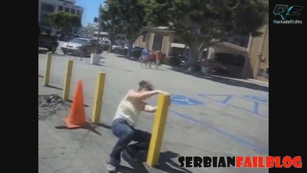 видео приколы с девушками за рулем 2015