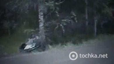 Безумные финские гонщики разносят свои тачки