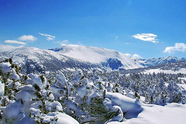 Куда поехать зимой: лучшие горнолыжные курорты Болгарии.