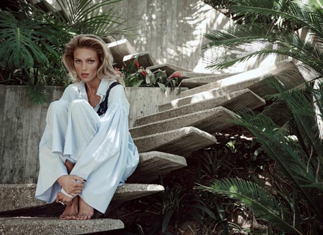 З мріями про відпустку: Аня Рубік у зйомці Viva! Moda