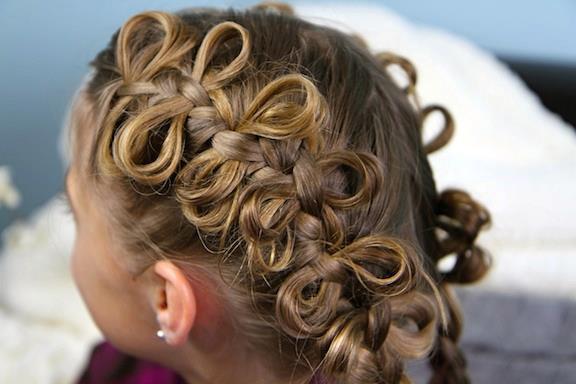 Дитячі зачіски заплети доньку до