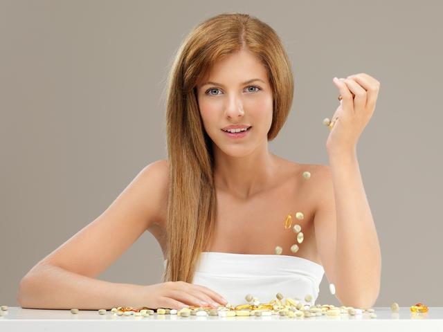 Регулярный прием витамина А защищает от развития рака кожи.