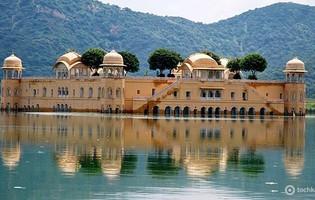 Джал Махал - дворец на воде