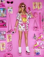 Роузі Хантінгтон-Уайтлі на сторінках Vogue Japan