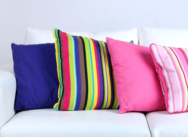 Як прати подушки з різних матеріалів