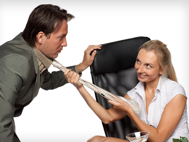 igri-v-seksualnie-domogatelstva