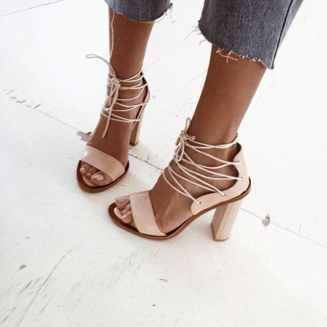 Must-have: 10 пар взуття, які повинні бути у кожної дівчини
