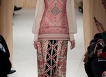 Вишиванка Haute Couture: показ весняної колекції Valentino