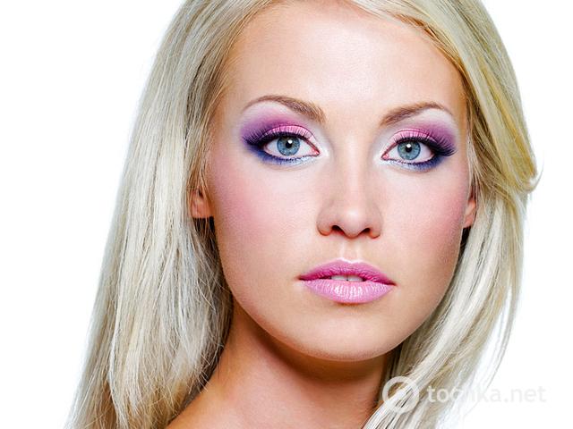 Новогодний макияж для карих, голубых, серых и зеленых глаз