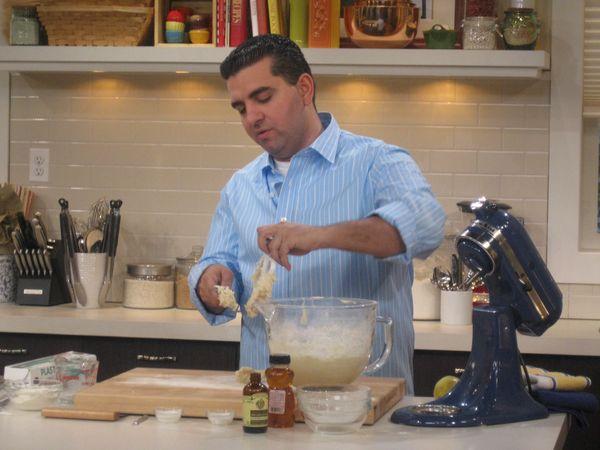 Клафуті з вишнею: рецепт відомого кулінара