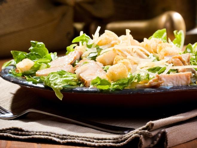 новорічний салат з куркою